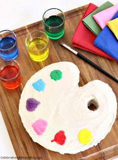 DIY - How to Make a Paint Palette Cake - Celebrations at Home Art Birthday, First Birthday Cakes, Birthday Parties, Theme Parties, Birthday Ideas, Cupcakes, Cupcake Cakes, Painter Cake, Cake Pops