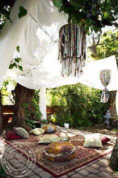 my+paradissi+outdoor+patio+decoration+ethnic+folklor.JPG (550×828)