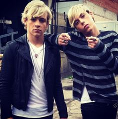 Ross and Riker Lynch on the set of the loud music video
