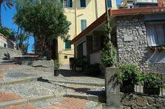 Bordighera (IM) centro storico del Paese Alto Bastioni...