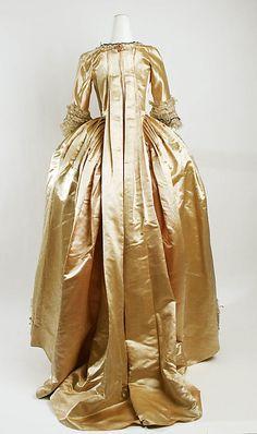 Robe à la Française, 1774-1793, France, silk (c) Metropolitan Museum of Art