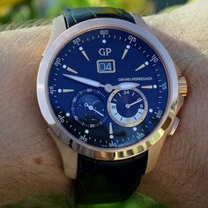 Girard-Perregaux Traveller Moon Phases and Large Date