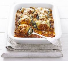 Aubergine rolls with spinach & ricotta This spin on Italian 'melanzane alla Parmigiana' is quick to prepare and makes a deliciously creamy, veggie bake Bbc Good Food Recipes, Vegetarian Recipes, Cooking Recipes, Yummy Food, Healthy Recipes, Veggie Recipes, Tasty, Queso Ricotta, Spinach Ricotta