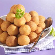 Pommes dauphines avec Thermomix, une spécialité culinaire française ! INGRÉDIENTS Pâte à choux : – 150 g d'eau – 125 g de farine – 80 g de beurre – 3 …