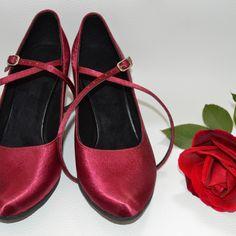 Farebné svadobné topánky - Barevné svatební boty, colour wedding shoes, bordó, vínová, marshalla Character Shoes, Dance Shoes, Flats, Fashion, Dancing Shoes, Loafers & Slip Ons, Moda, Fashion Styles, Ballerinas