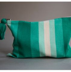 handwoven striped bag #organize | NEAT Method