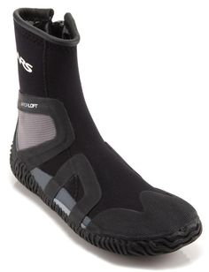 Kayak boot for cold weather