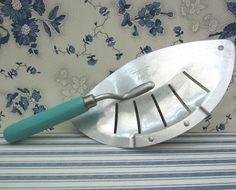 Vintage Foley Pot/Pan/Skillet Strainer - Aluminum and Aqua Blue Wood Handle