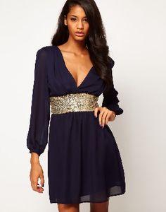 Vestido de Fiesta en Color Azul Marino, con detalle en lentejuelas doradas a la cintura Gown, attire,evening dress
