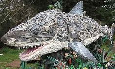 Giant-Environmental-Art-Sculpture-created-w-Marine-Ocean-Debris-Education-shark