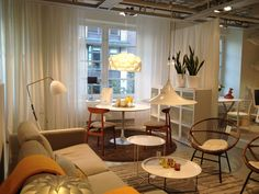 nice little Scandinavian living & dining combo Living Dining Combo, Scandinavian Living, Room Dividers, Home Projects, Comic Book, Mid Century, Lounge, Room Decor, Classy