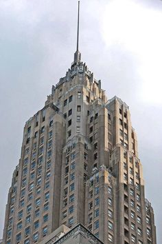 When it was completed in 1932, the Art Deco AIG building at 70 Pine St. was the third tallest building in the world. Today it ranks among the top 50 worldwide.6 of 12Previous Next