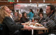 """#HarryAndSally   O dia 31 de julho é conhecido como o """"dia do orgasmo"""". Preparamos uma seleção com as melhores cenas para comemorar junto com todo mundo. Quer dizer, não tão junto assim!  O orgasmo fingido não estava no roteiro até que Meg Ryan deu a sugestão durante as filmagens.   http://www.cinemadebuteco.com.br/listas/melhores-cenas-de-orgasmo-do-cinema/  #DiaDoOrgasmo #MegRyan #BillyCristal"""