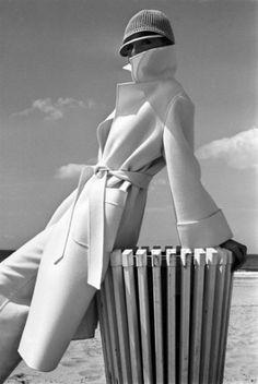 Brian Duffy, French Elle, 1975.