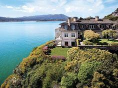 Tony Bennett's House On The Bay