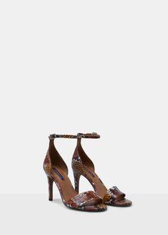Sandália pulseira pele