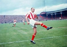 1964. A rare colour picture of Stoke City legendary winger Stan Matthews. Victoria Ground