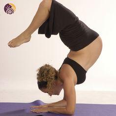 ¡Feliz día internacional del yoga!   Si eres una #Yogui, recuerda que hay muchos beneficios durante el embarazo y post embarazo:  Beneficios del yoga par las mujeres embarazadas: - Proporciona y conserva la elasticidad al cuerpo - Mantiene la agilidad muscular - Aumenta las posibilidades de un parto natural y una rápida recuperación - Relaja la mente y la mantiene tranquila y equilibrada - Ayuda y controla la respiración y la circulación - Evita la ansiedad - Refuerza la postura - Fortalece…