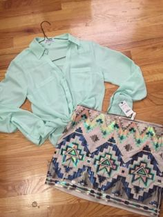 Express-Sequin-Aztec-Mini-Skirt-Mint-Green-Portofino-Xs-S-Nwt-Shirt-Outfit-Top