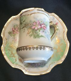 Vintage Dishes, Vintage Teacups, Coffee Cups, Tea Cups, Limoges China, Chocolate Cups, Porcelain Mugs, China Patterns, Cup And Saucer