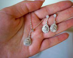 Bruids juwelen ingesteld, bruiloft ketting, bruidsmeisjes sieraden ingesteld, CZ Teardrop hanger ketting, bruids toebehoren