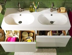 Yours and mine! Whether in a rush or ready to relax, make sharing a bathroom easy with BRÅVIKEN double bowl sink.