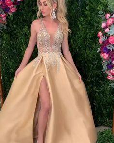 v-neck champagne prom party dress, #vestido O Backless Prom Dresses, Prom Party Dresses, Bridesmaid Dresses, Formal Dresses, Wedding Dresses, Fashion Poses, Fashion Videos, Fashion Outfits, Mermaid Evening Dresses