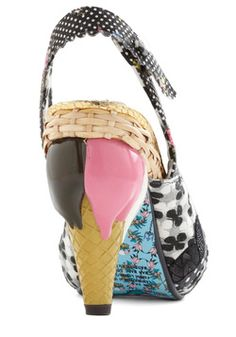 32 Best Horrible Shoes Images Shoes Crazy Shoes Me Too