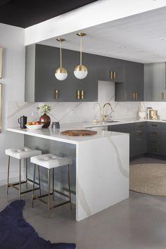 Luxury Kitchen Design, Kitchen Room Design, Home Decor Kitchen, Interior Design Kitchen, Home Design, Kitchen Furniture, Home Kitchens, Kitchen Ideas, Interior Modern