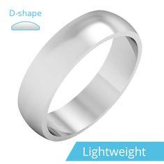 Single stone diamond engagement ring in white gold