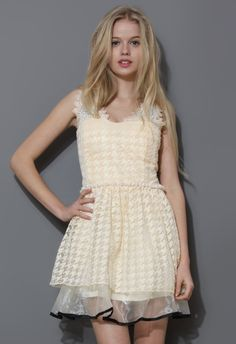 Pearl Decor Houndstooth Embroidery Prom Dress