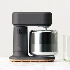Classy Home Decor nopicnic design sprout Id Design, Clean Design, Minimal Design, Coffe Machine, Coffee Machine Design, Le Manoosh, Bauhaus, Pinterest Inspiration, Domestic Appliances