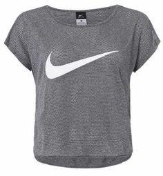 04f792e94a4a2 Camisetas Deportivas De Mujer Aunque pensemos que una camiseta de deporte  para mujer no es una de las cosas más importantes a tener en cuenta cuando  practic