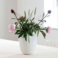 Hvis du leter etter en vakker hvit vase – se Hammershøi-vasene her.