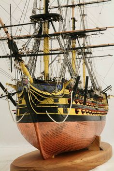 Detail photos of ship model HMS Victory, 1 : 72 scale.
