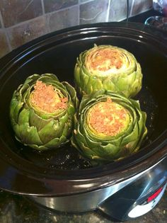 Crock Pot Artichokes with Garlic and Lemon... I feel like I should have thought of this a long time ago... Genius!
