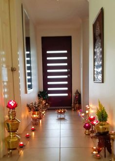Graduation Decoration: Discover 60 creative party ideas - Home Fashion Trend Diwali Decoration Lights, Diwali Decorations At Home, Home Wedding Decorations, Festival Decorations, Ethnic Home Decor, Indian Home Decor, Home Entrance Decor, Entryway Decor, Temple Design For Home