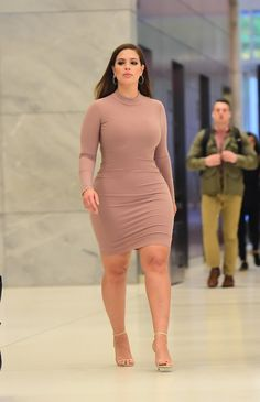 Ashley Graham Dresses | POPSUGAR Fashion