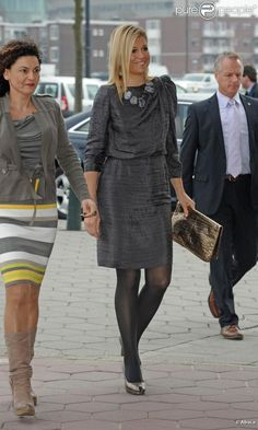 Another stunning outfit on Queen Maxima....also love her hairdos and purses