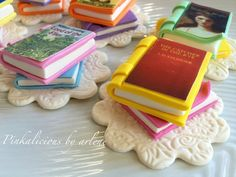 edible book cupcake toppers by sweetpinkbyarlene on Etsy, $20.00