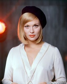 The Style Essentials--Faye Dunaway's Killer Glow in 1967's BONNIE AND CLYDE | GlamAmor