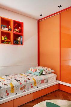 Designer couch bunt  möbel bunt wohnideen wandregale lila | Möbel - Designer Möbel ...