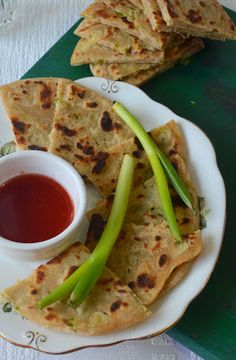 Chinese Scallion Pancakes – Spring onion Paratha – The Veggie Indian Chinese Food Menu, Real Chinese Food, Learn To Cook, Food To Make, Scallion Pancakes Chinese, Authentic Chinese Recipes, Asian, Veggies, Cooking Recipes