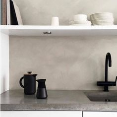 Jotun Lady Minerals Washed Linen - 2,7 liters Old Kitchen, Kitchen Reno, Beach House Kitchens, Home Kitchens, Jotun Lady, Scandinavian Interior, Interior Inspiration, Stove, Minerals
