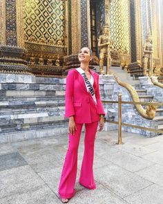 Catriona Elisa Magnayon Gray - Philippines - Miss Universe 2018 Miss Universe Philippines, Miss Philippines, Gray Aesthetic, Aesthetic Girl, Miss Filipinas, Miss Universe Dresses, Dramatic Classic, Grey Outfit, Blazer Dress