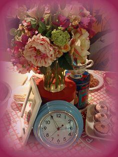 Wedding shower table decoration