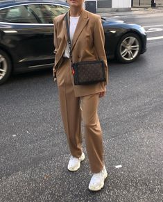 Image uploaded by Moonlight Lover. Find images and videos about fashion on We Heart It - the app to get lost in what you love. Modest Fashion, Fashion Outfits, Fashion Clothes, Fashion Fashion, Fashion Women, Fashion Ideas, Fashion Tips, Mode Ootd, Brown Outfit