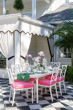 Palm Beach Chic Outdoor Decor Ideas and Deck Plan - - For a fun and funky deck or patio makeover, these Palm Beach chic outdoor decor ideas will have you spending your whole summer outdoors. Outdoor Rooms, Outdoor Dining, Outdoor Decor, Dining Table, Outdoor Curtains For Patio, Outdoor Patios, Outdoor Kitchens, Cabana, Palm Beach Decor