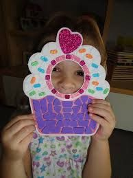 Cupcake Template I found this cupcake activity at Michael's. It was a lot of work (great fine motor skill activ. Food Crafts, Diy Crafts, Katy Perry Birthday, Cupcake Template, Cupcake Crafts, Candy Land Theme, Picture Frame Crafts, Cupcake Pictures, Crafts For Kids