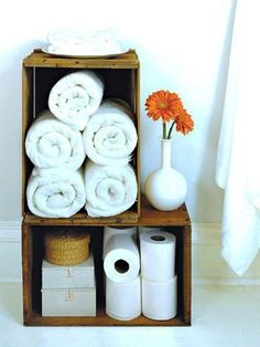 14 Ways to Decorate with Vintage Pieces in Your Bathroom | Apartment Therapy …